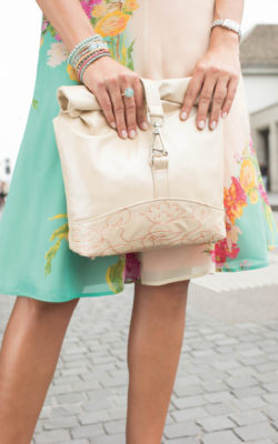 FREE Bag Pattern & Embroidery Design